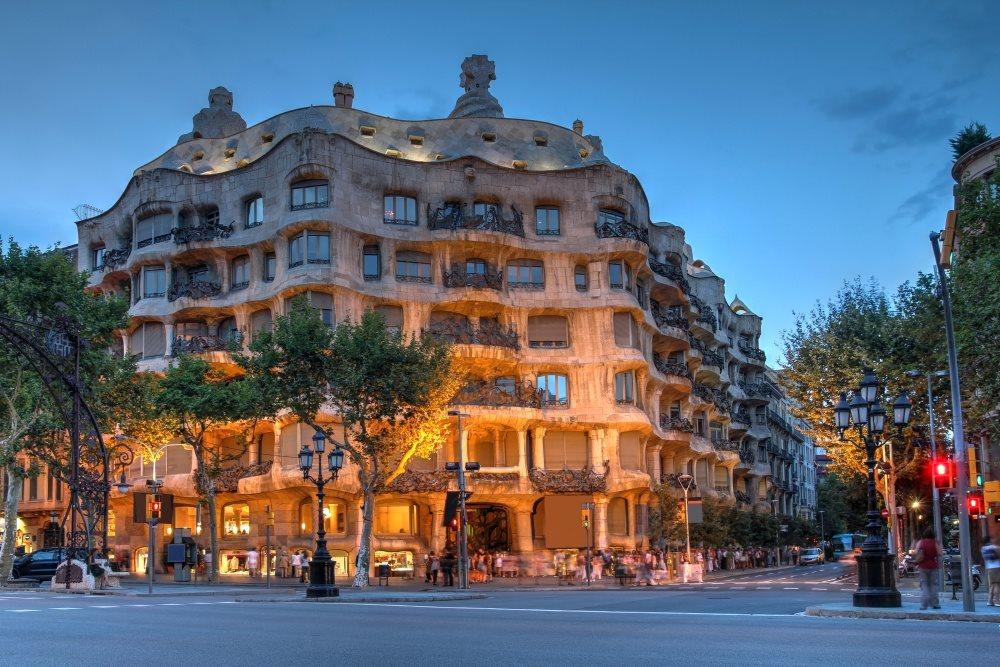 Španělsko - Barcelona - Casa Mila (Gaudí)