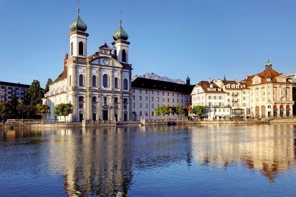 Švýcarsko - Lucern - Jezuitský kostel