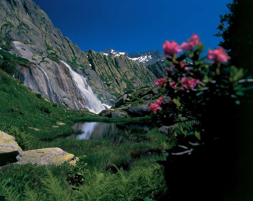Švýcarsko - vodopády Reichenbachf&#228