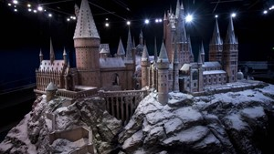 Warner Bros Studio Tour - The Making of Harry Potter